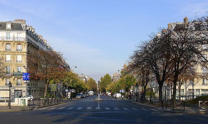 place-nation-paris-escroquerie-faux-billet